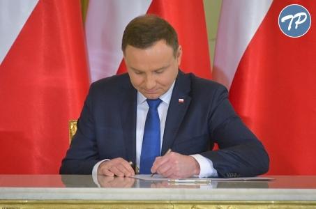 Życzenia od Prezydenta RP dla Polonii i Polaków za Granicą.