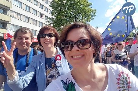 Warszawa. Manifestacja KOD i opozycji.